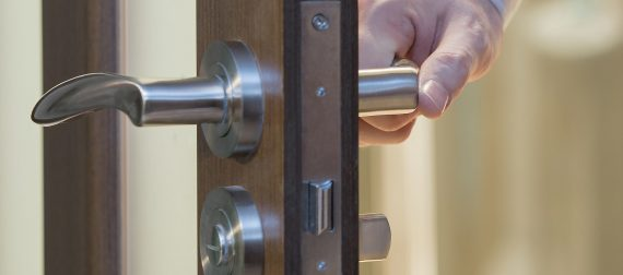 How To Make Your Emergency Locksmith Appear